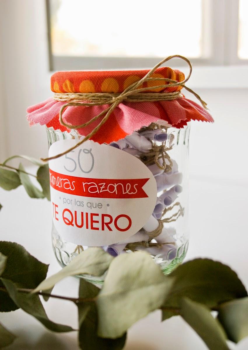 Regalo handmade para San Valentín hecho con bote de cristal y mensajes11