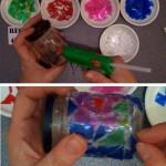 Bote de cristal reutilizado con botellas de plástico recicladas con trencadís