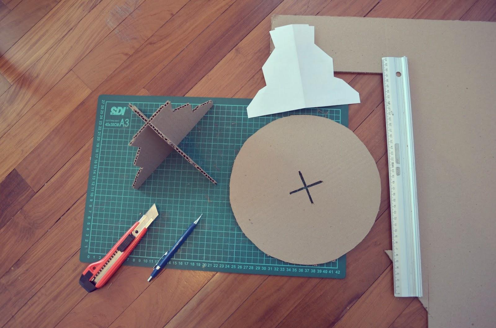 Soporte para tortas - ✄ con molde para descargar - Handbox Craft ...