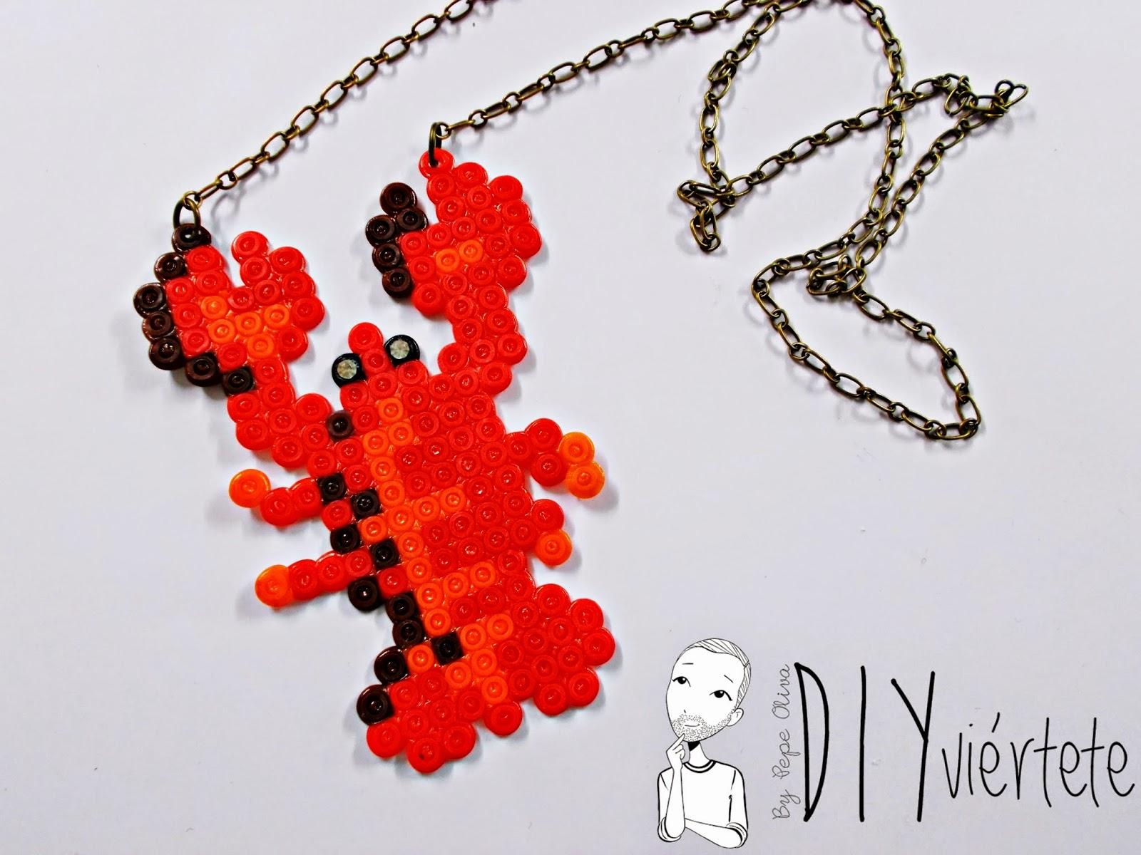 hama beads-diy-langosta-colgante-collar-bisuteria-idea-7