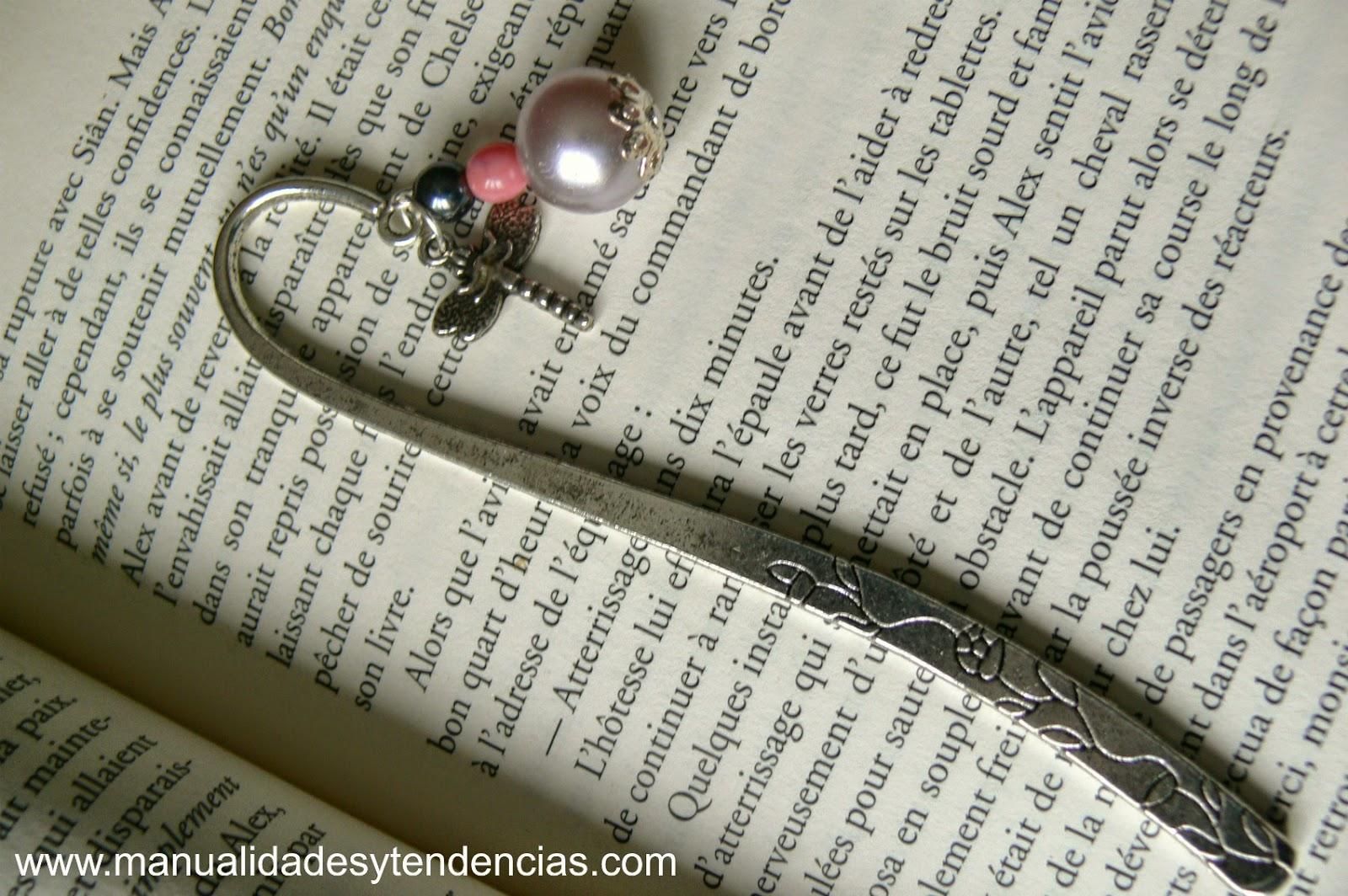 Marcapáginas metálico vintage / Bookmark
