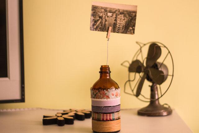 botella portafotos colocado pangala