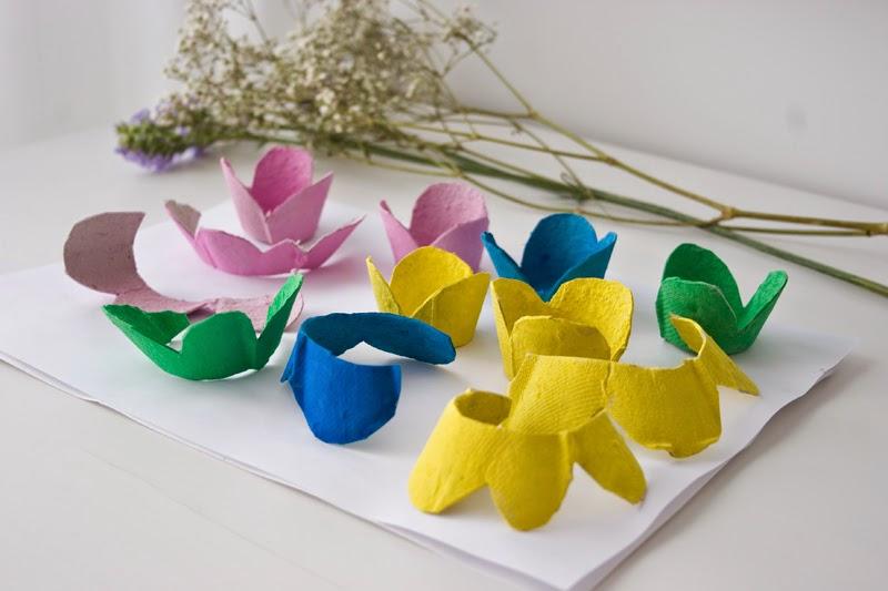DiariodecoSpring: Diy flores con hueveras de cartón6
