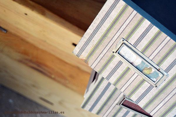 Papel de rayas para decorar cajones
