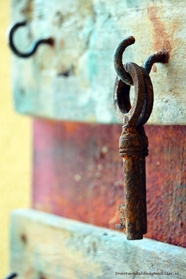 efecto envejecido en metales y madera