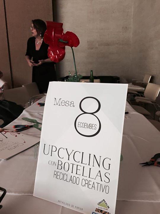 Workshop taller Upcycling con botellas de plástico. Reciclado Creativo