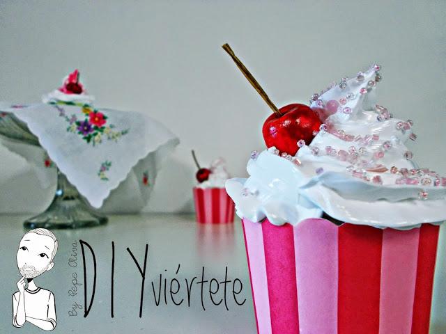 DIY-Do It Yourself-DIYviértete-manualidades-decoración-cupcakes-Decoden-técnica-dulce-cereza-sirope-frostinf-merengue-1