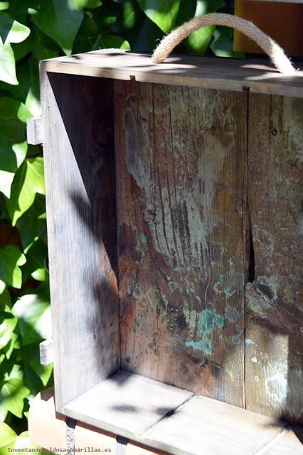 Caja de vinos oxidada