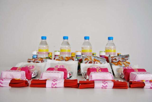 cumpleaños picnic. Birthday in a bag, picnic birthday