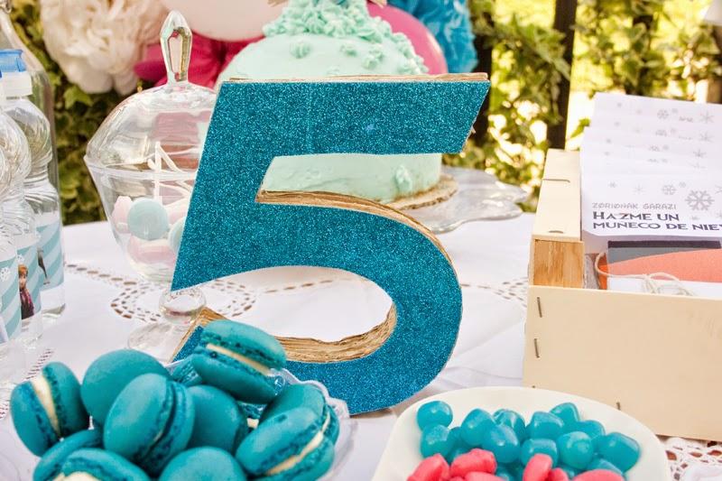 Diy número 5 en 3d con cartón para cumpleaños Frozen5