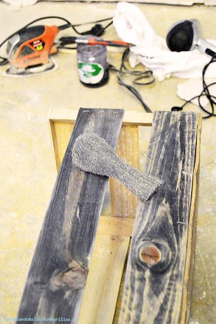 Cómo teñir madera.