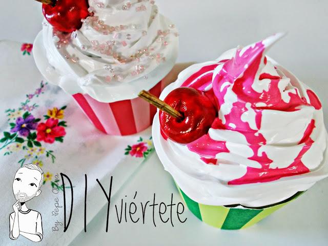 DIY-Do It Yourself-DIYviértete-manualidades-decoración-cupcakes-Decoden-técnica-dulce-cereza-sirope-frostinf-merengue-4
