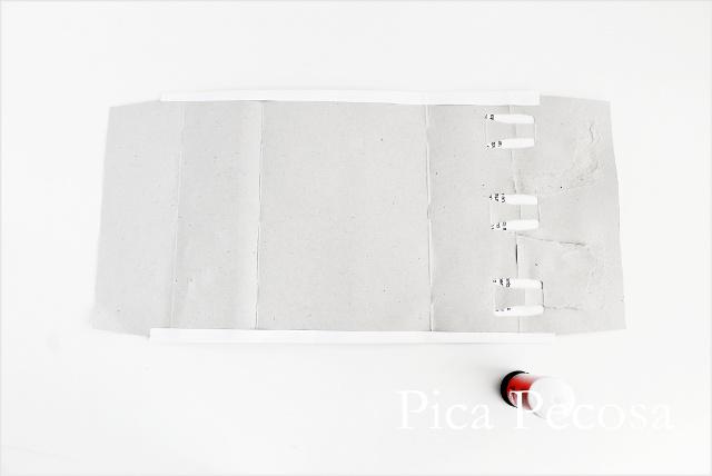 tutorial-como-hacer-casa-muñecas-con-carton-reciclado-packs-yogures-diy-paso-dos