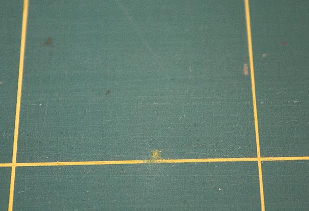 línea borrada con quitaesmaltes tabla pángala