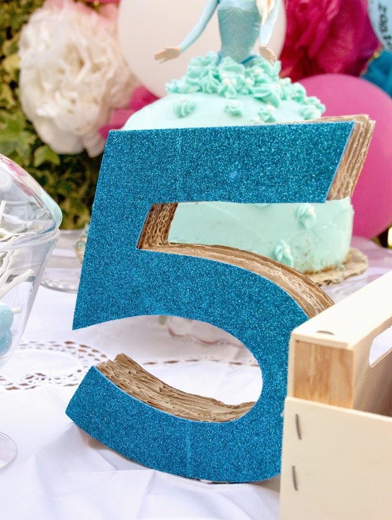 Diy número 5 en 3d con cartón para cumpleaños Frozen4