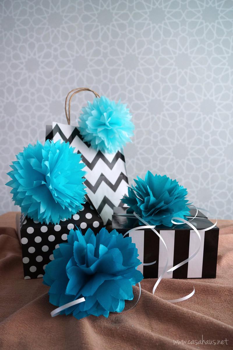 DIY tissue paper topper flower // Flores de papel // casahaus.net