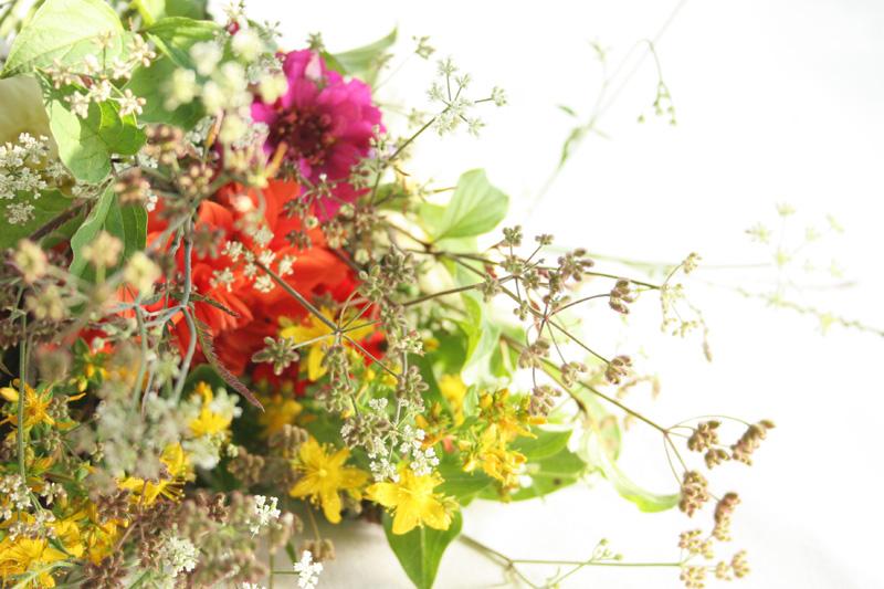 Regalo sano DEF Deco: Caja de fruta tuneada con productos de la huerta5