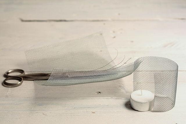 cortar malla de alambre para portavelas de corchos missoluciones-pángala