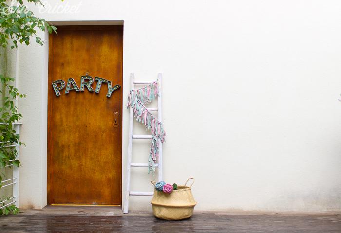 letras de carton cartel fiesta en casa