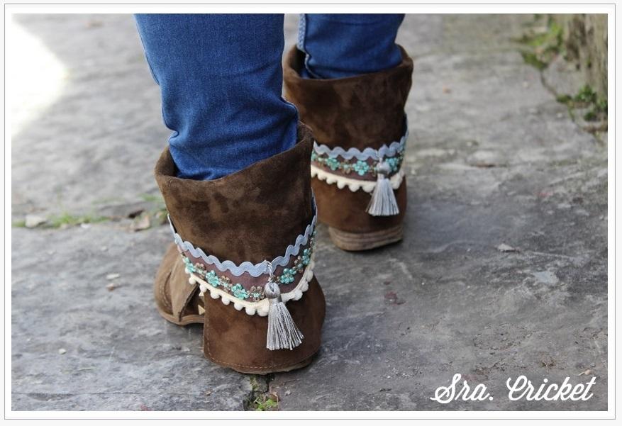 botas con adornos