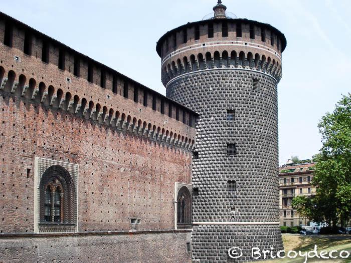 milan-castello-sforzesco