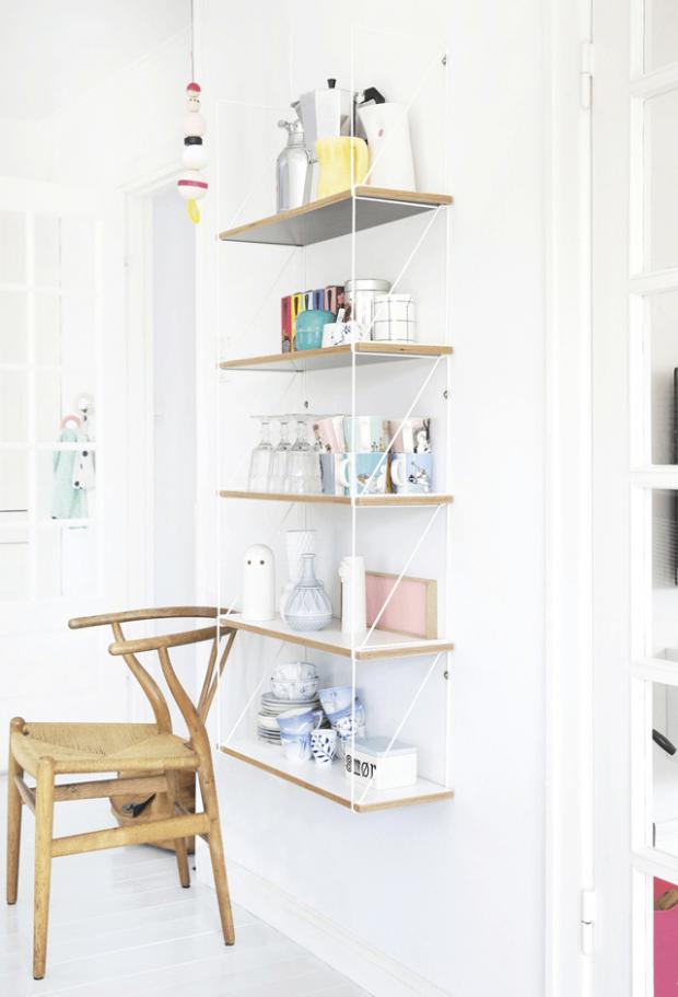 Detail shelf