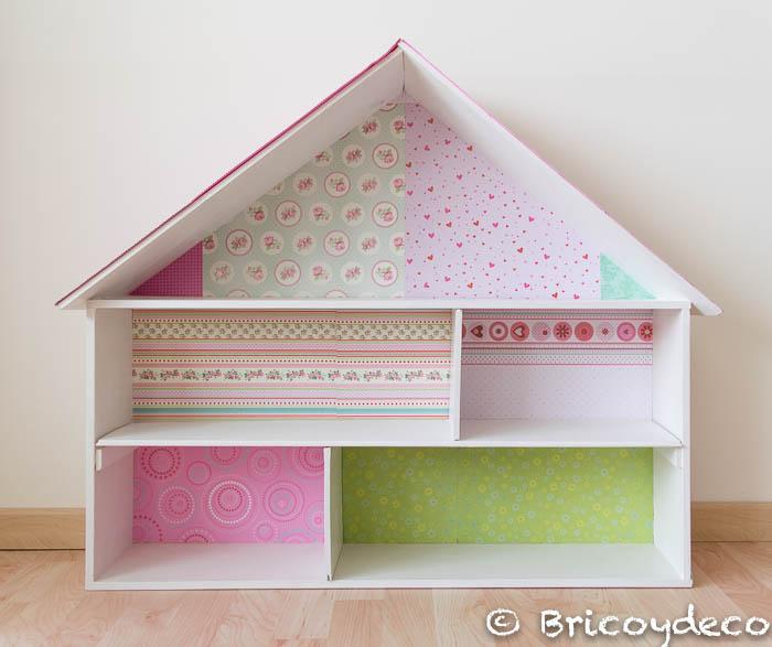 Librera y casa de muecas hecha con una caja de madera Handbox