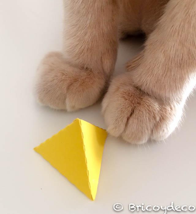triangulo-3d-cartulina