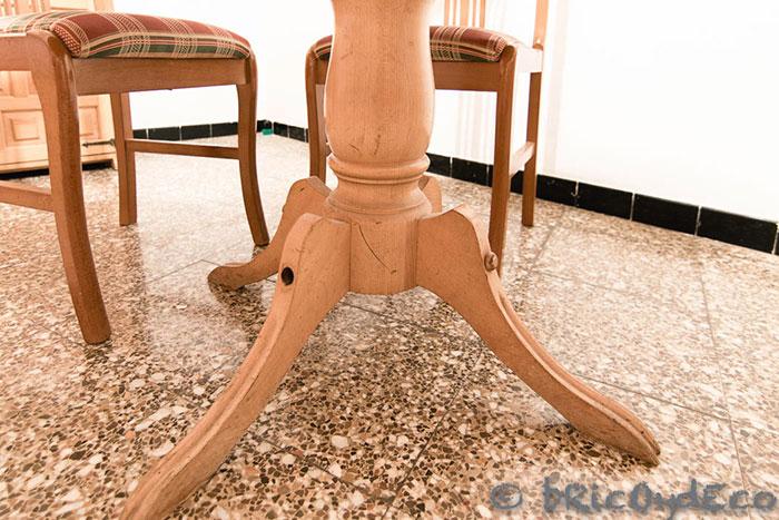 renovar-muebles-con-pintura-pizarra-spray