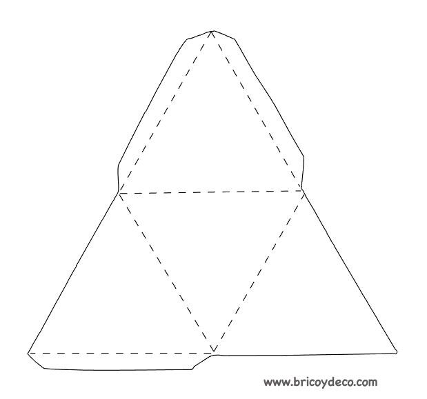 plantilla-triangulo-3d