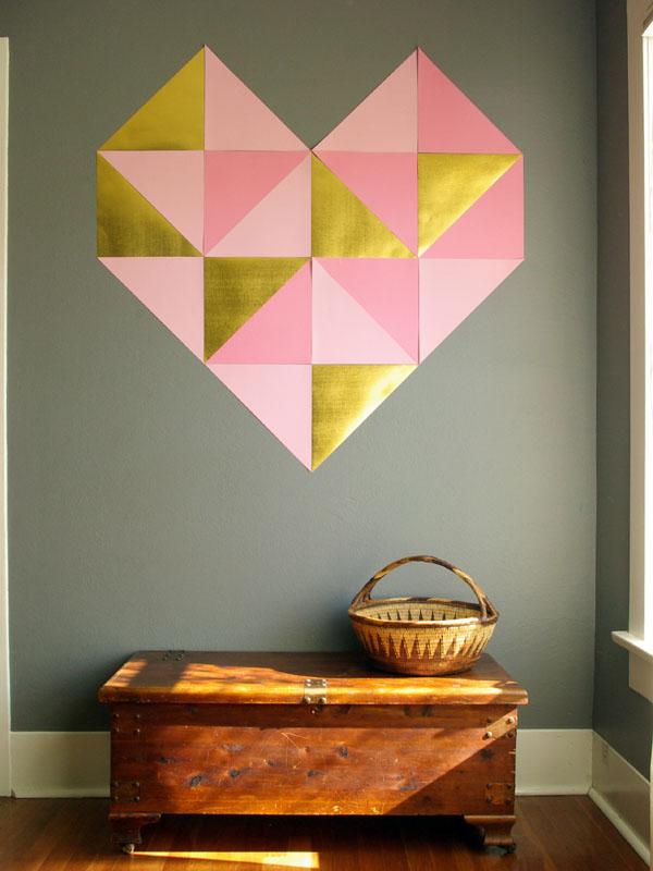 vinilo-decorativo-corazon-triangulos