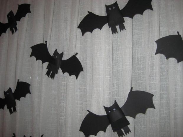 murciélagos de cartón para halloween