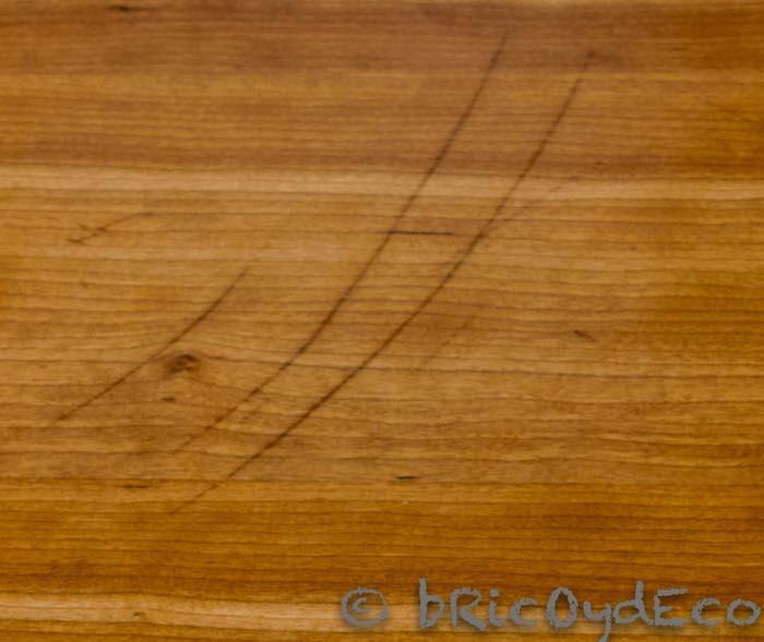 madera con arañazos