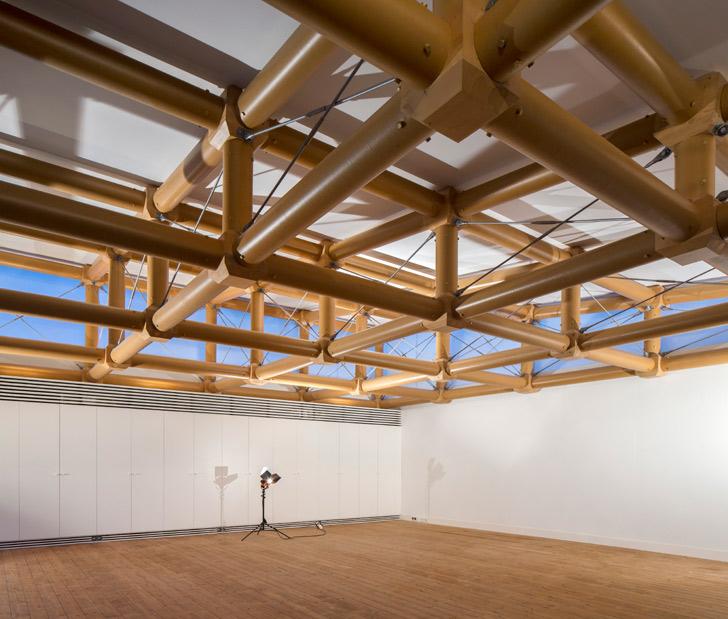 construcciones de Shigeru Ban con tubos de cartón