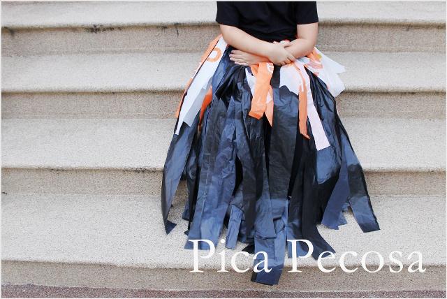 como-hacer-vestido-bruja-diy-halloween-con-bolsas-basura-recicladas