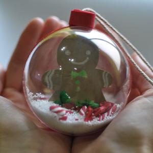 Cómo hacer una bola de navidad.