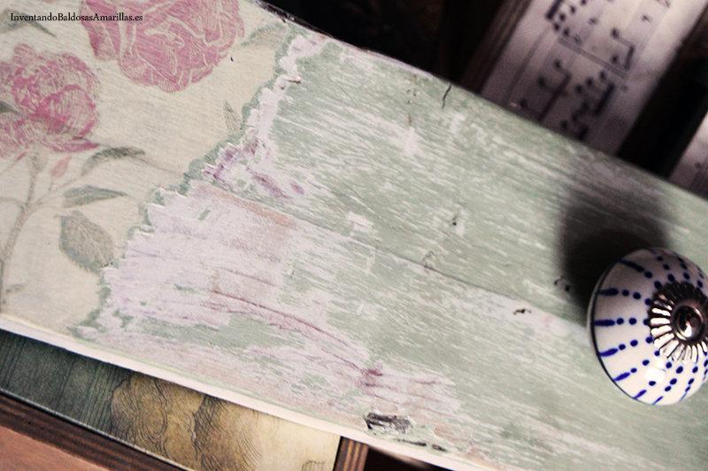decapado con papel y chalk paint