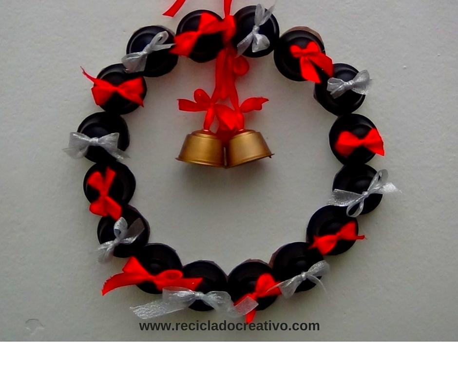 Decoraciones de navidad con cápsulas de café (267)
