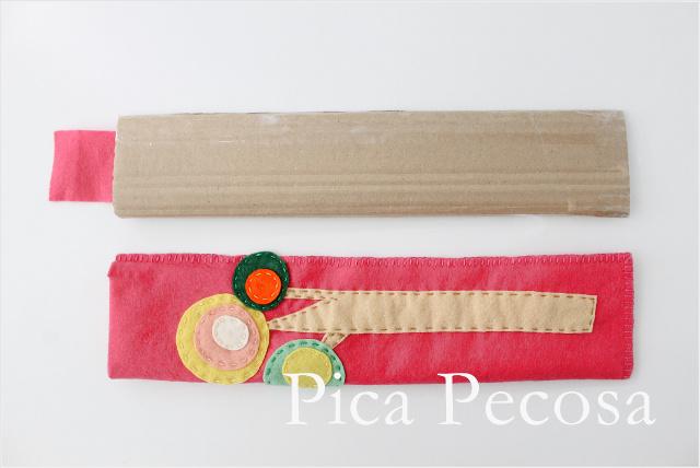 tutorial-hacer-funda-rigida-diy-regla-carton-reciclado-fieltro-paso-5