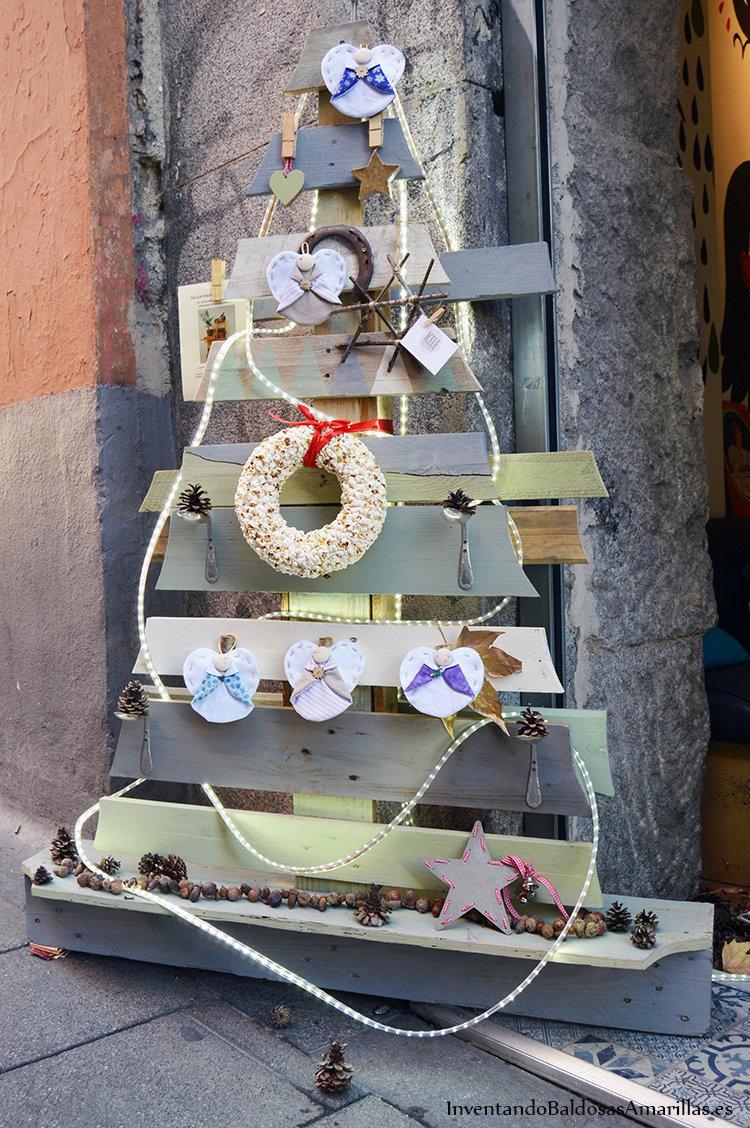 arbol navidad material reciclado