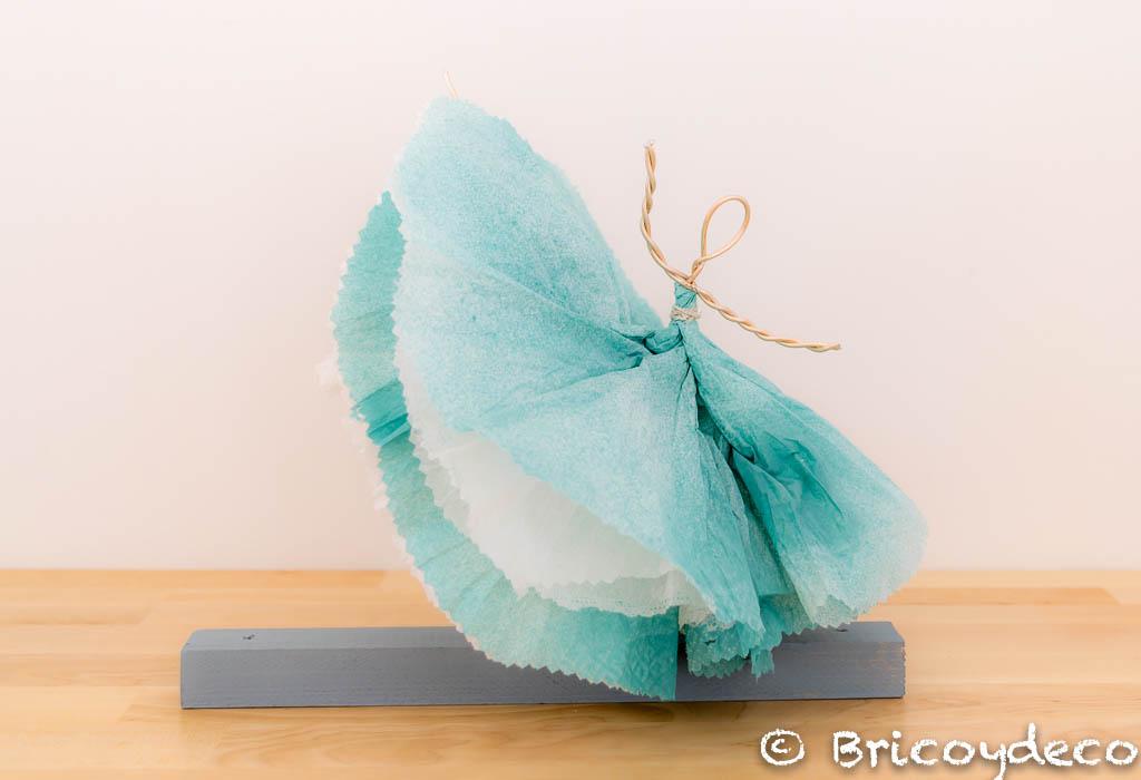 bailarina con servilleta de papel