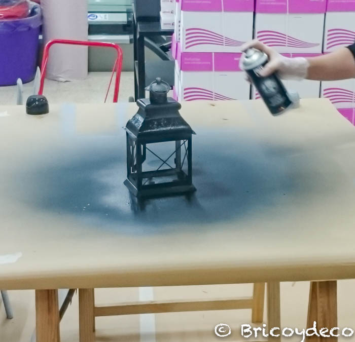 farolillo pintado con pintura forja color negro