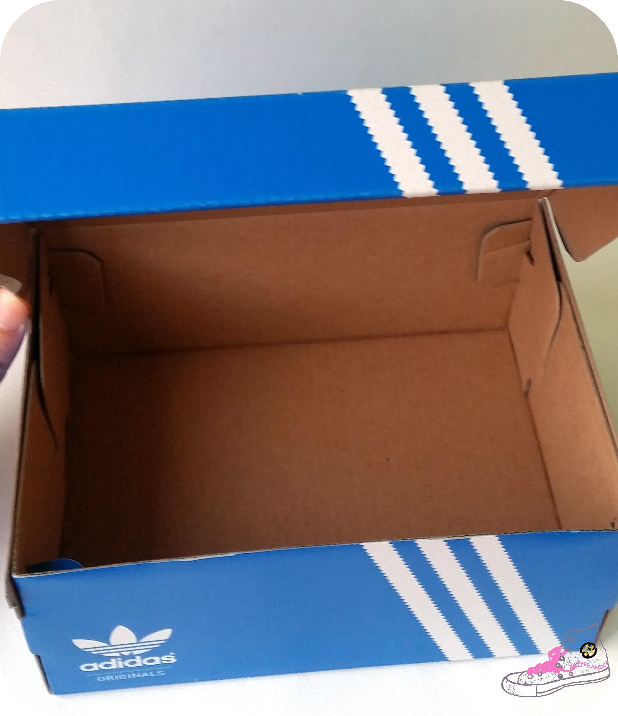 DIY - Hucha a partir de una caja de zapatos para ahorrar - HANDBOX 74191a66b22