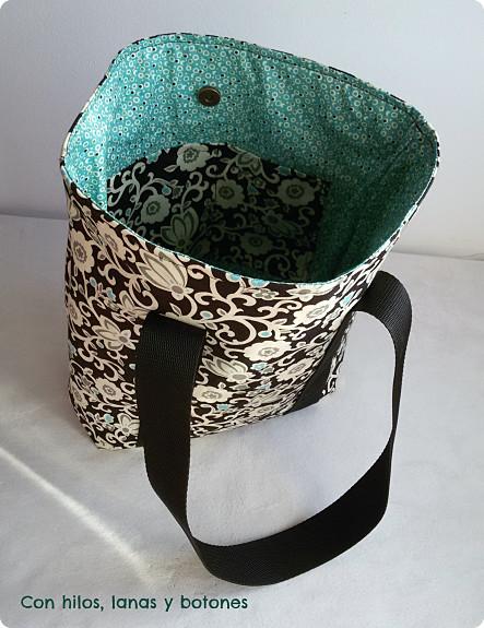 Con hilos, lanas y botones: bolso tote bag