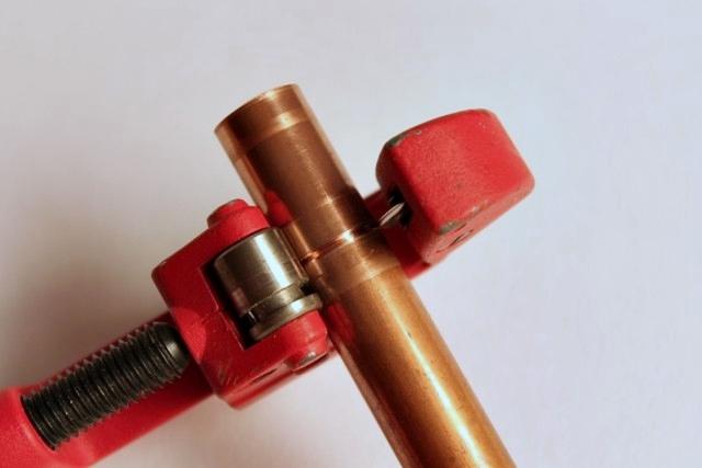 cortar tuberia de cobre