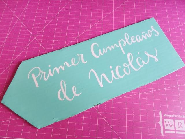 Cartel lettering