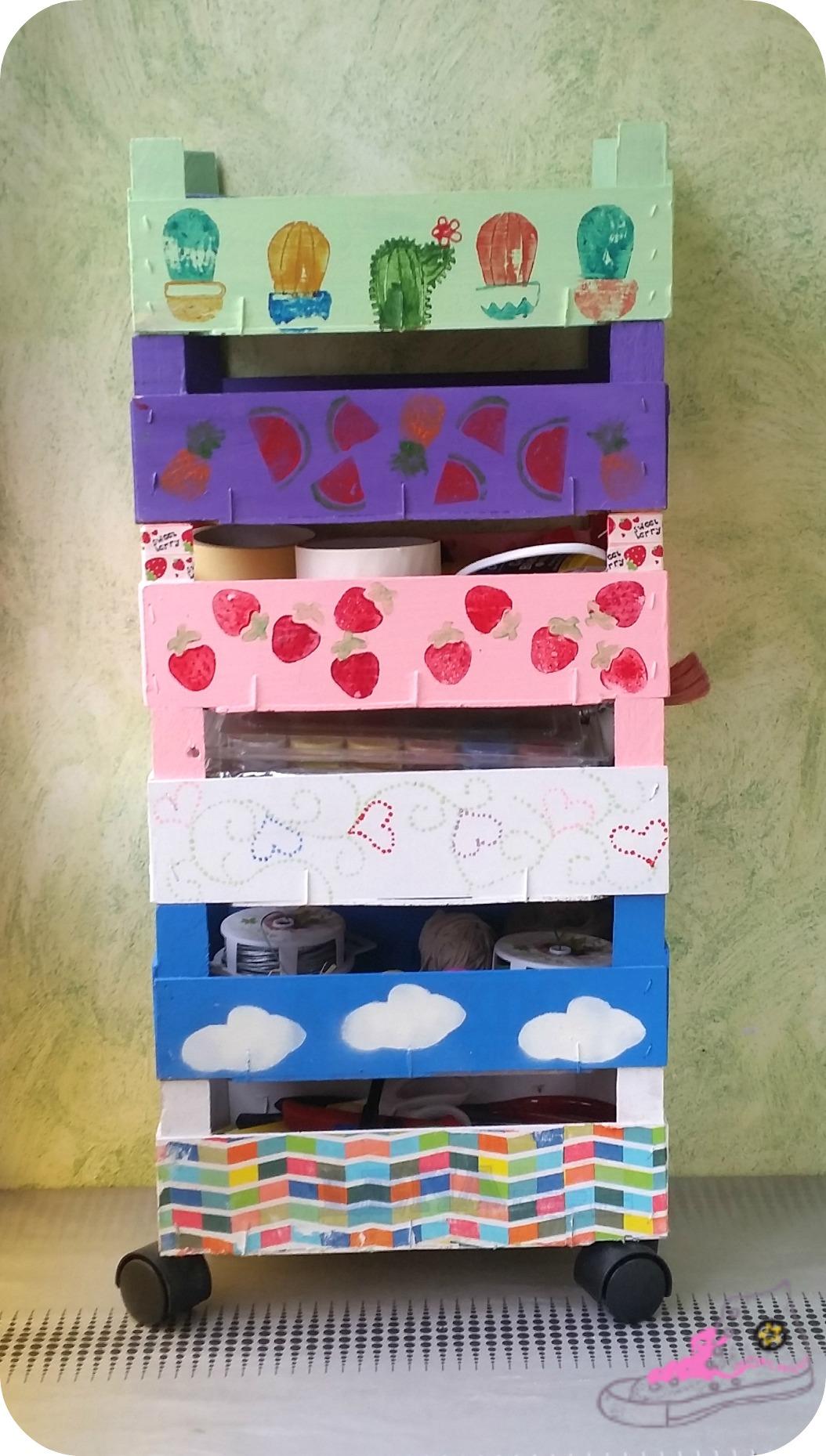 cajas de fresas imitando mueble ikea