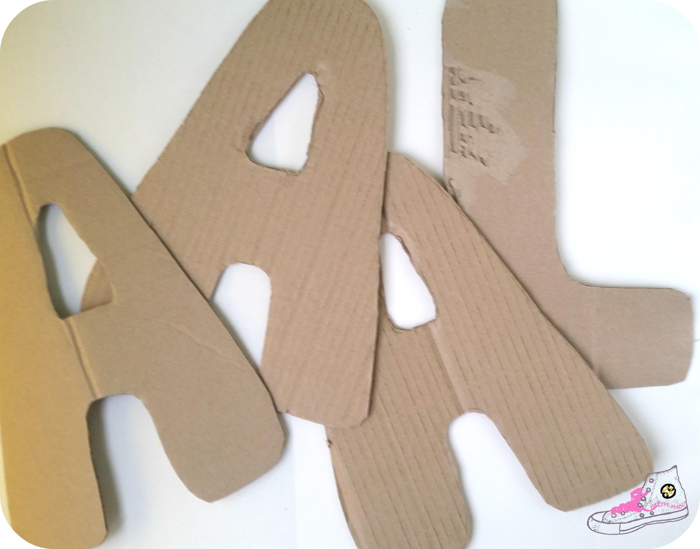 letras de cartón