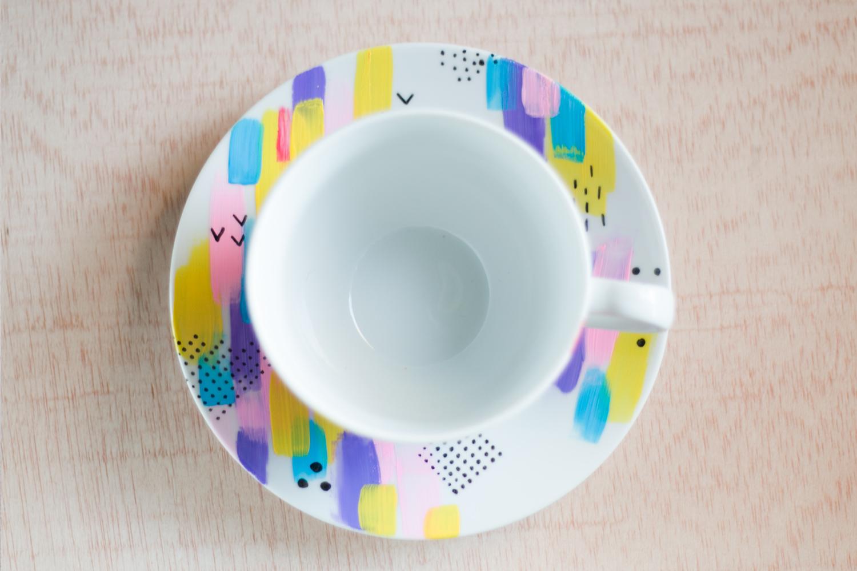 DIY decora tus tazas con colores