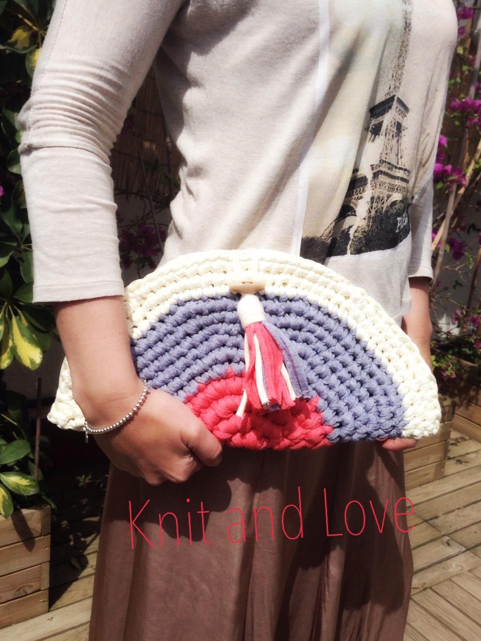 BOLSO MEDIA LUNA A CROCHET KIT BARCELONA - Handbox Craft Lovers ...